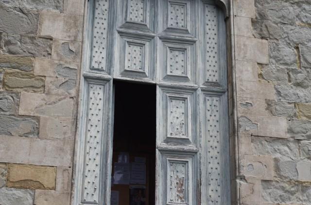 ....open door to the church......